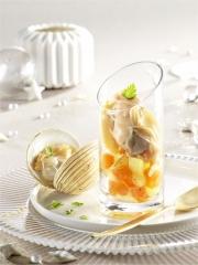 Verrine de praires, pommes de terre et potiron, mayonnaise légère à l'huile de homard Photo : © Pavillon France / Cooklook