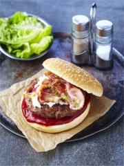Burgers d'Agneau Bio au Chèvre et au Bacon Photo : © Jean-François Mallet
