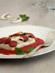 Dos de cabillaud en écailles de champignons et chorizo Photo : © Cuisine de tous les jours