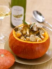 Recette Potiron farci au veau et aux champignons, sauce crémeuse au Pinot Gris d'Alsace