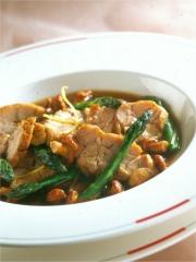 Recette Ris de veau braisé-poché aux asperges et champignons